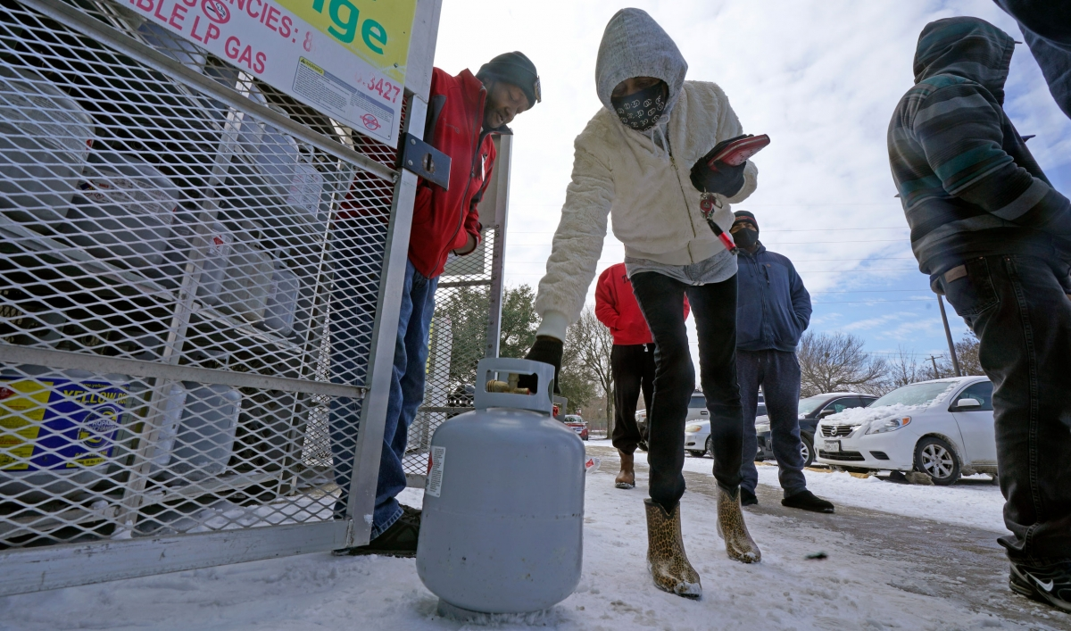 Freezing temps wreak havoc on utilities in US and Mexico