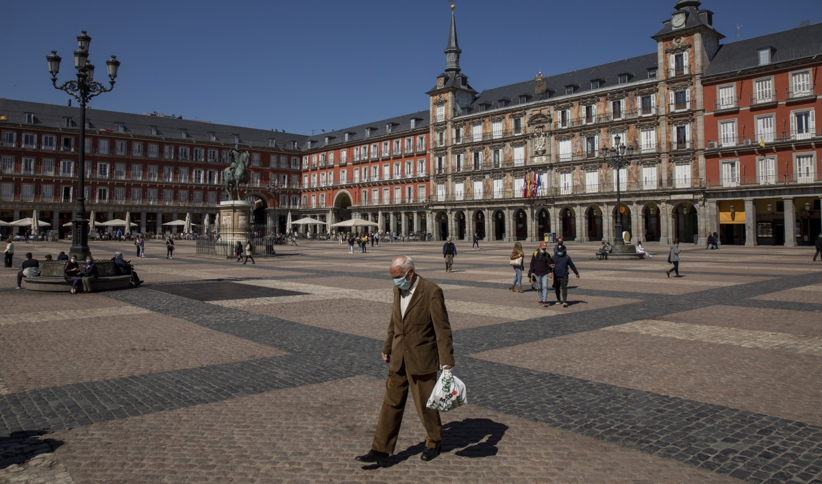 Will car-obsessed Madrid join Europe's biking and walking trend?