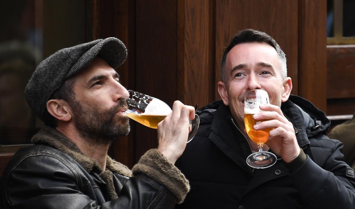 A trip to a British pub may require a COVID-19 passport
