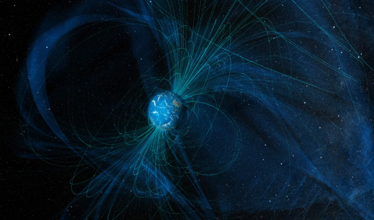 Scientists link Earth's magnetic reversals to changes in planet's life and climate