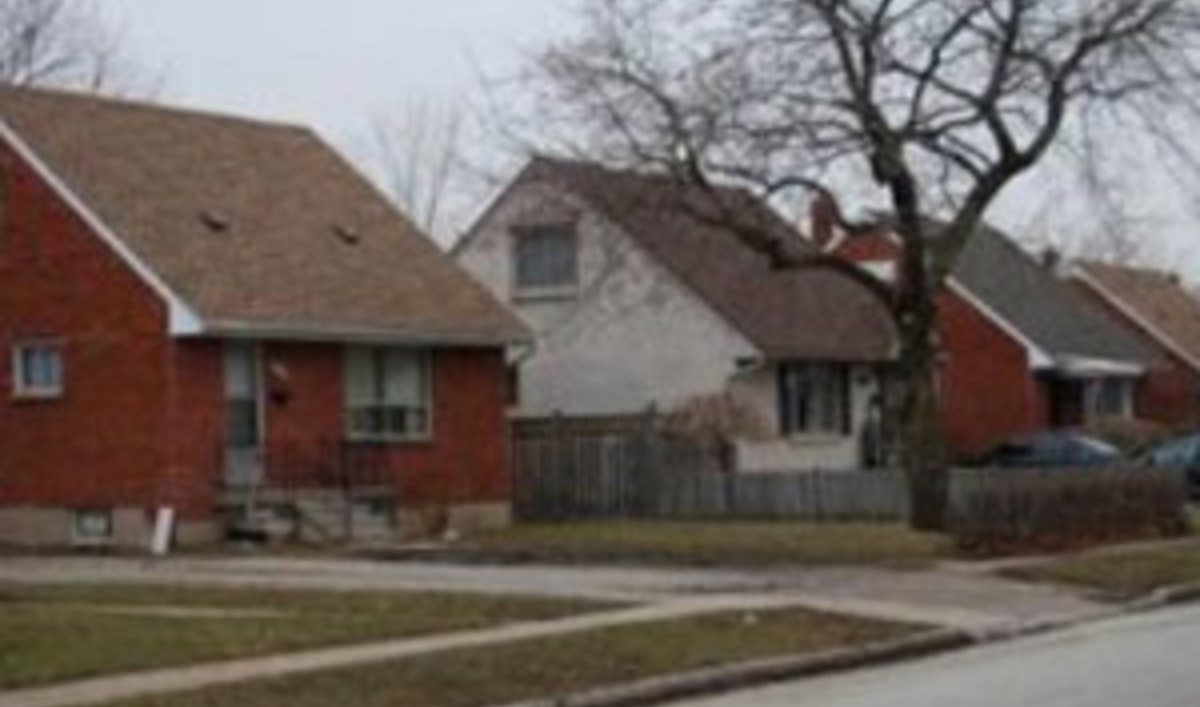 Canada 39 s wartime homes go green public radio international for Home builders in canada