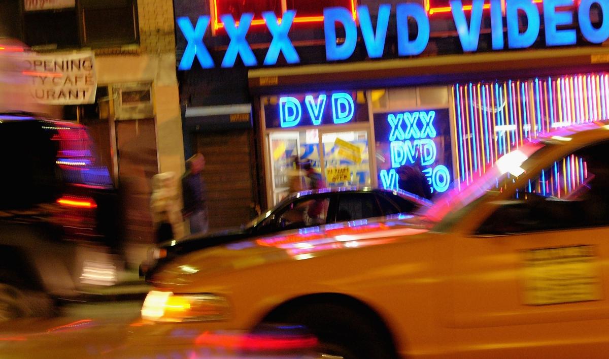NYC gets electric taxis | Public Radio International