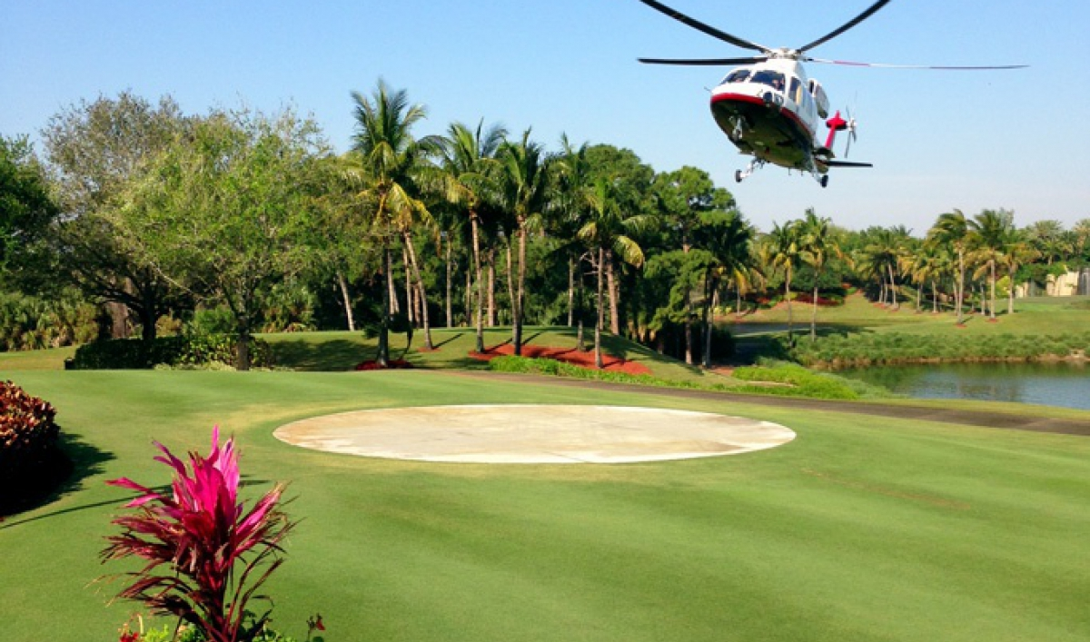 In Palm Beach, Donald Trump\'s exclusive golf resort sits next to ...
