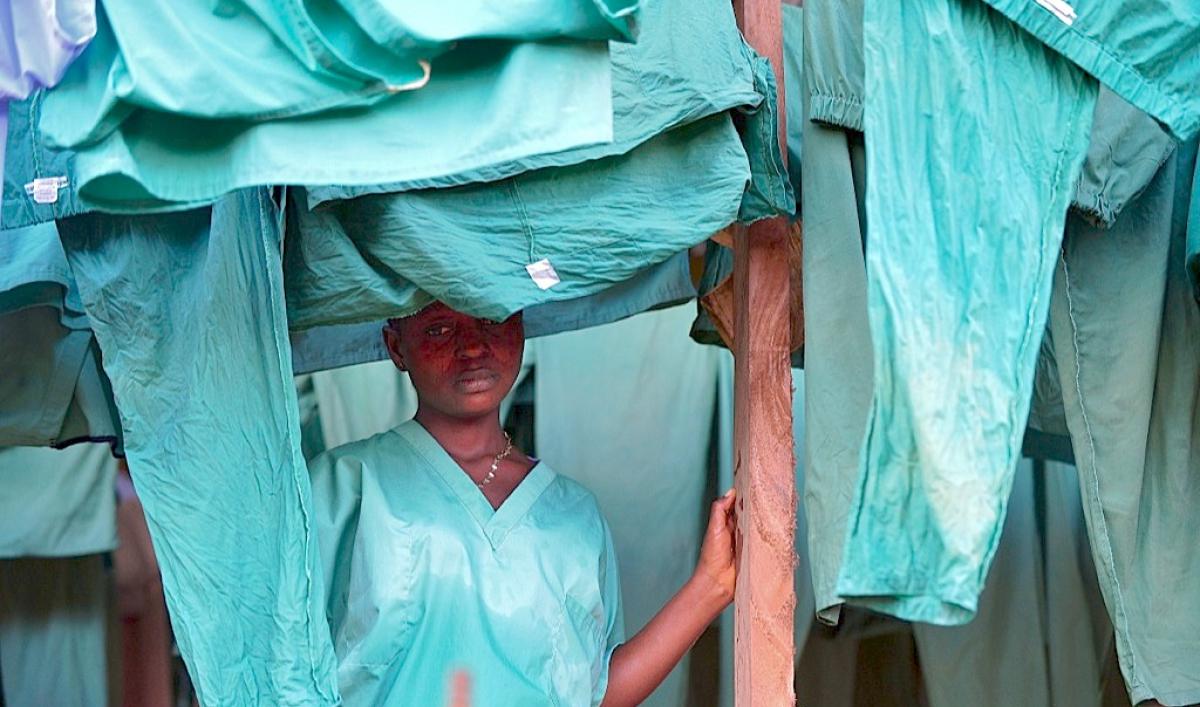 Want to fight Ebola? Don't do it like Sierra Leone
