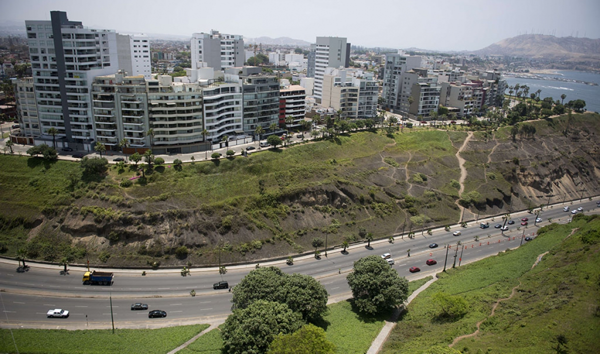 Conquistadors no more: Spaniards are flocking to Latin America because they need jobs