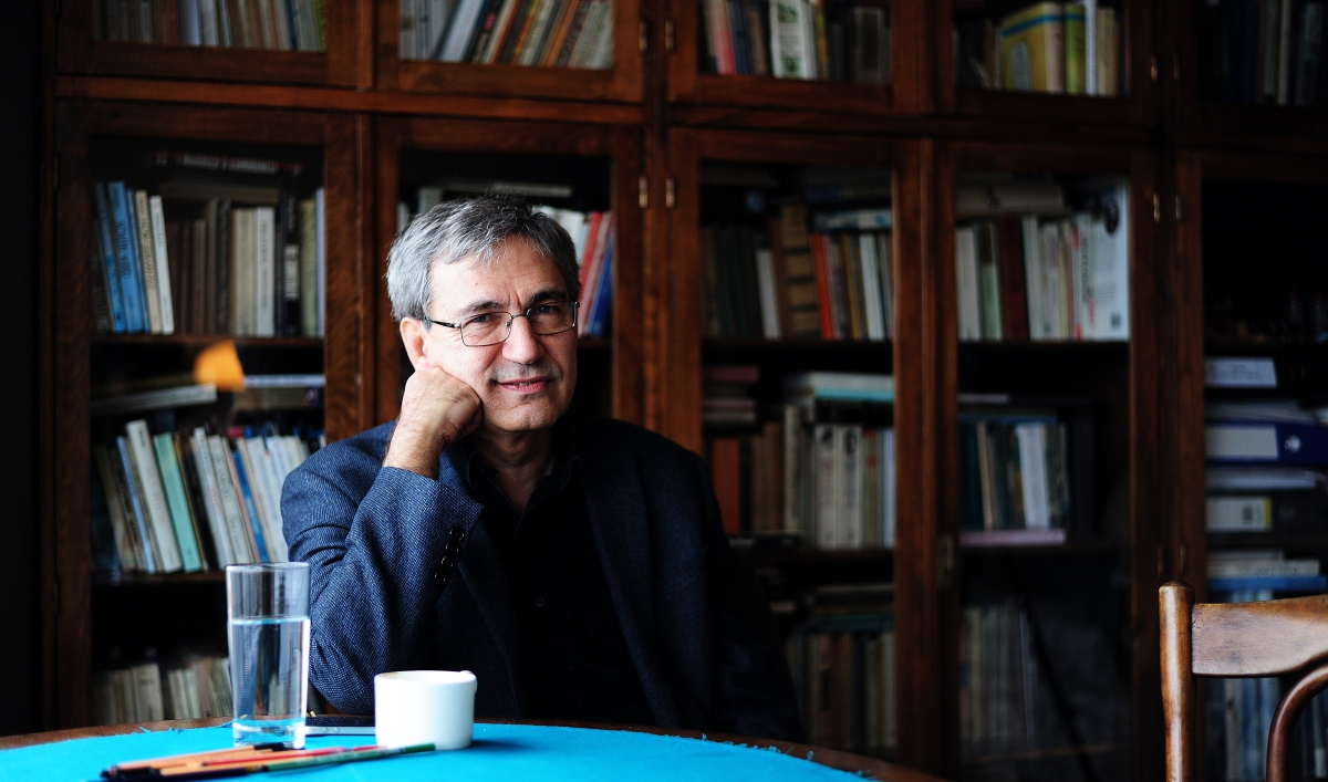 orhan pamuk essays Orhan pamuk was born in istanbul in 1952 and grew up in a large family similar to those which he describes in his novels cevdet bey and his sons and the black book, in the wealthy westernised district of nisantasi.