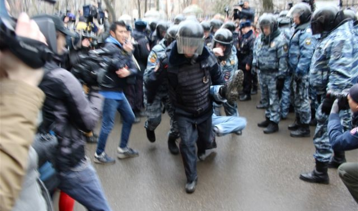 Білорусь. Російський ОМОН їде до Білорусі