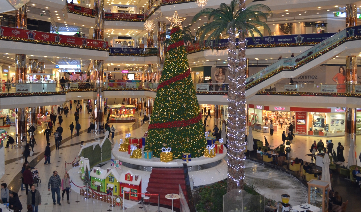 Istanbul Malls Are Crammed With The Symbols Of Christmas In