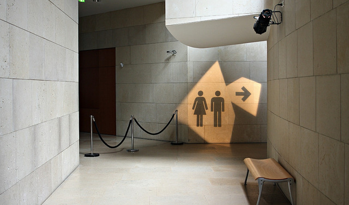 Bathroom Wall Art Ideas Small Spaces