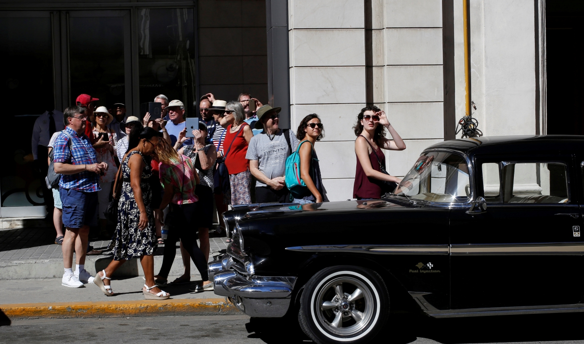 Trumps New Restrictions On Travel To Cuba Are Being Panned By Wiring Money American Travelers