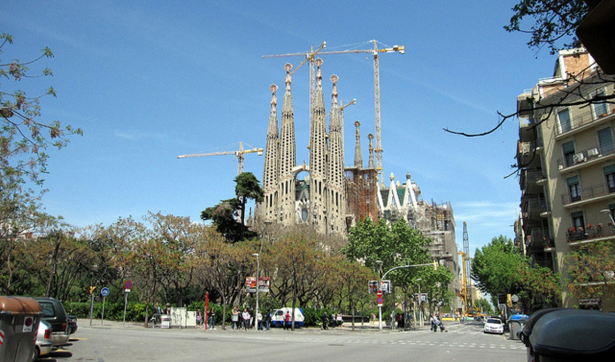 New Video Shows The Completion Of Barcelona S Sagrada Familia