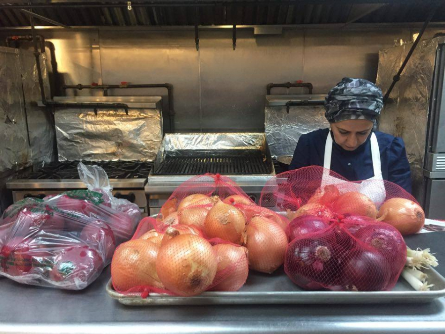 A food delivery service lets refugees in new york share for Kitchen 17 delivery