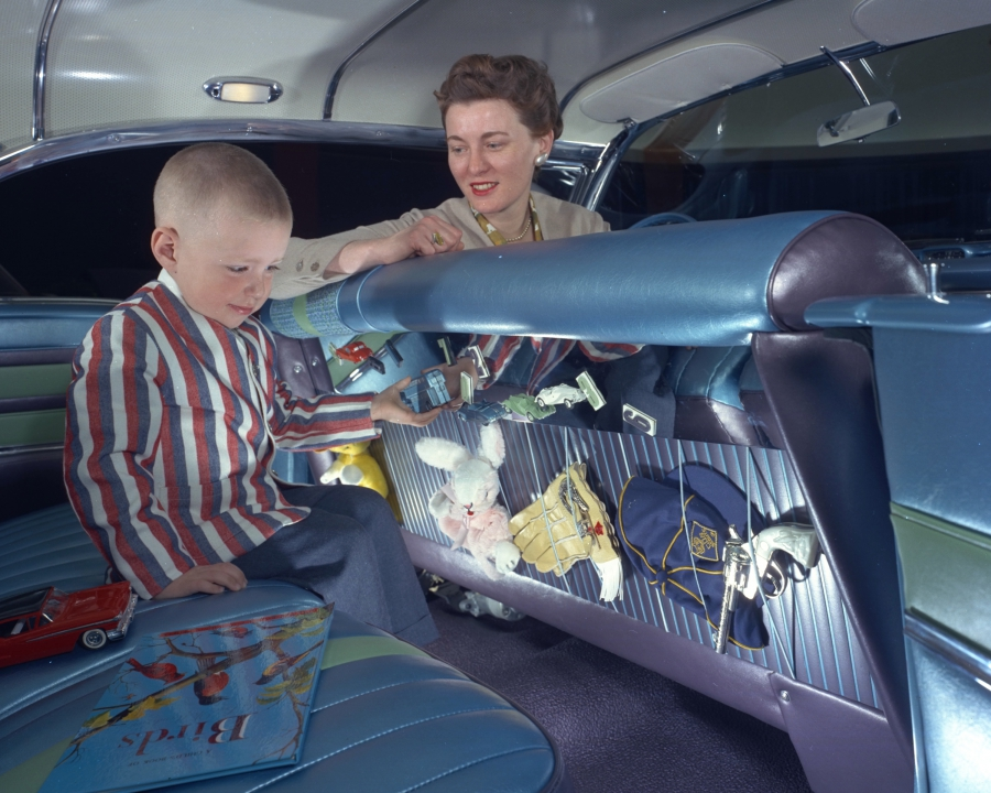 The Carousel's child-friendly backseat included storage for toys, a magnetic game board and child-proof latches that could be controlled from the dashboard.