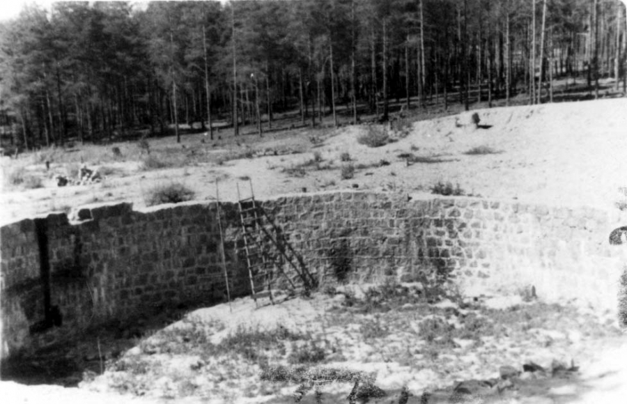 The unfinished fuel tank site, which was used as an execution site for Jews from the Vilna region.