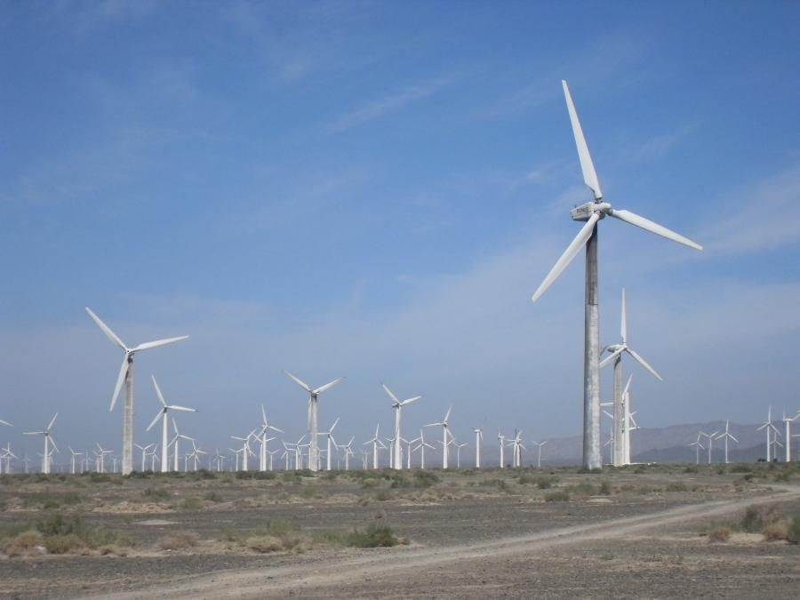 China wind farm in Xinjiang