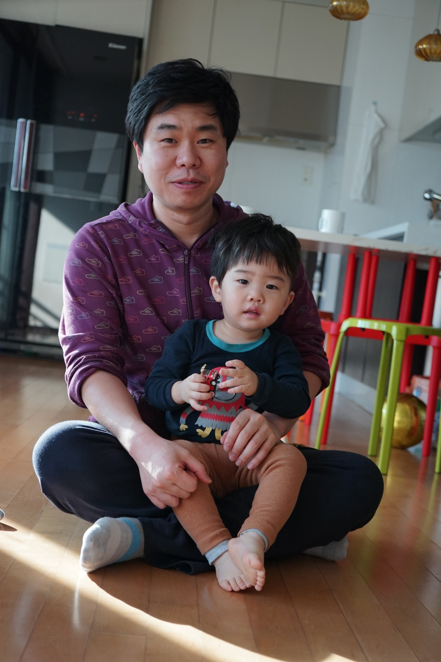Wonhoe Bae and his son.