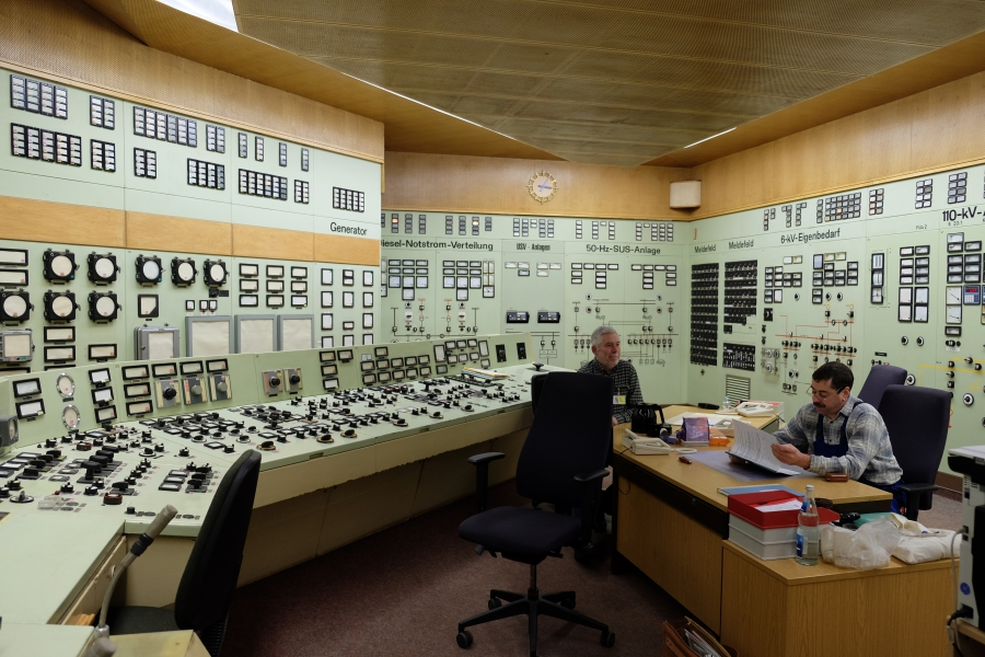 The control room of the Rheinsberg nuclear plant