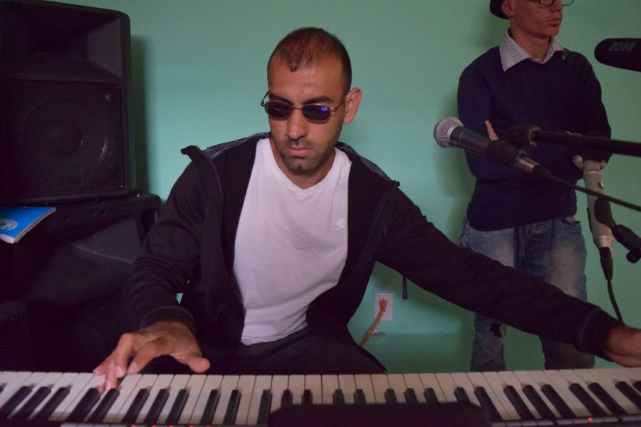 Haedar on the keyboard