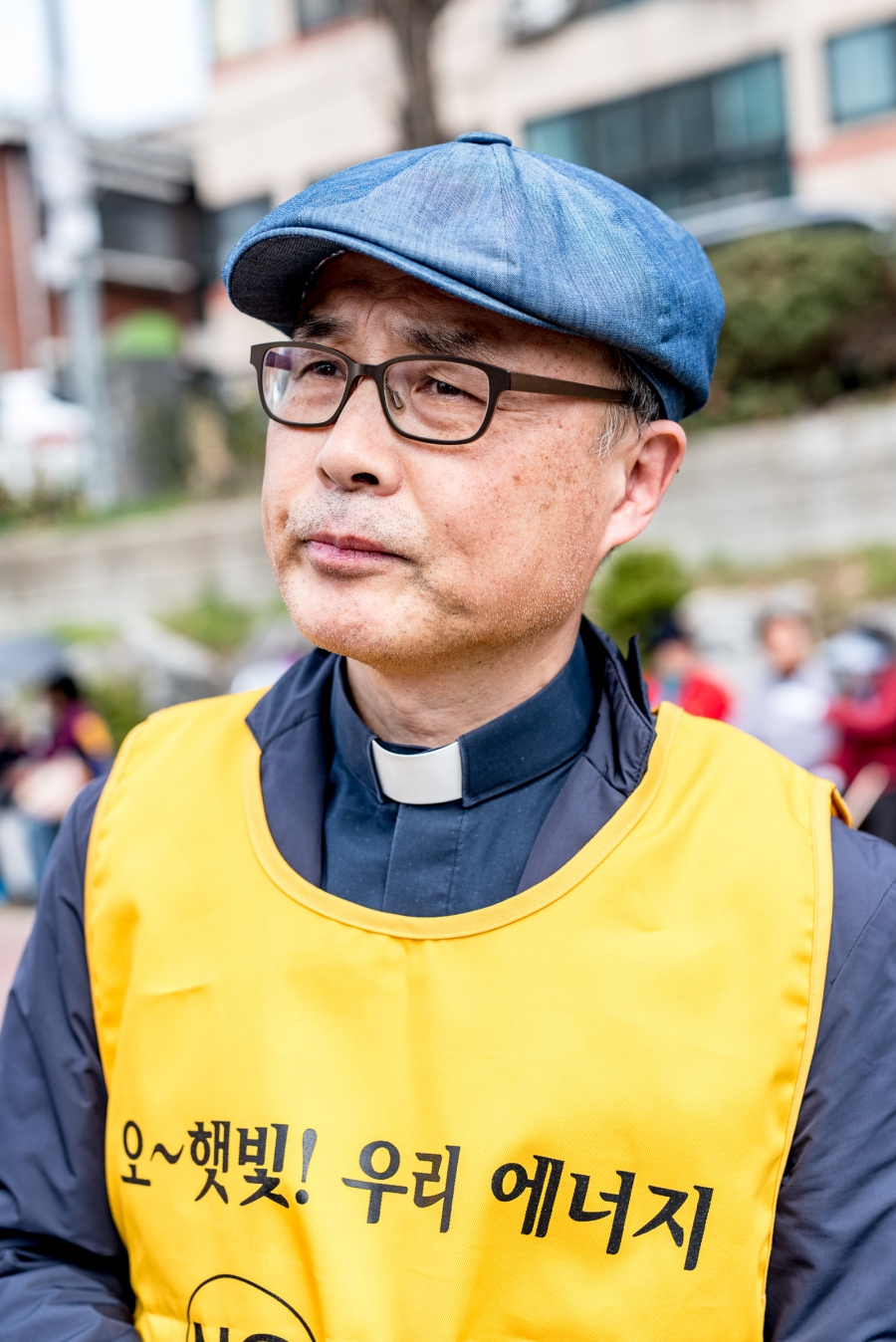 "Speaking at a recent anti-nuclear protest, Father Cho Hyun-chul of Sogang University says, ""Nuclear energy is so dangerous for all of us, ...we can switch to safe energy."""
