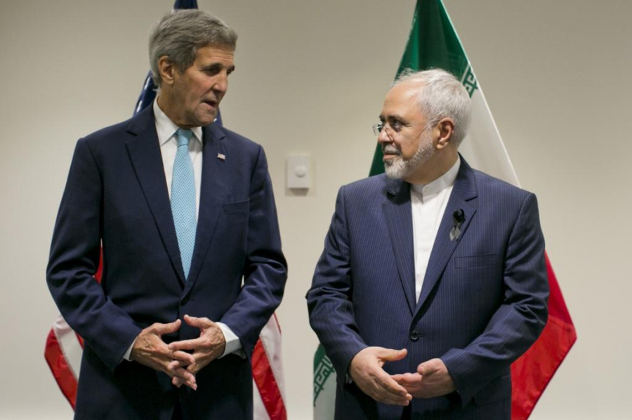 US Secretary of State John Kerry poses with Foreign Affairs Minister of Iran Javad Zarif during a bilateral talk at the United Nations headquarters in New York on Sept. 26, 2015.