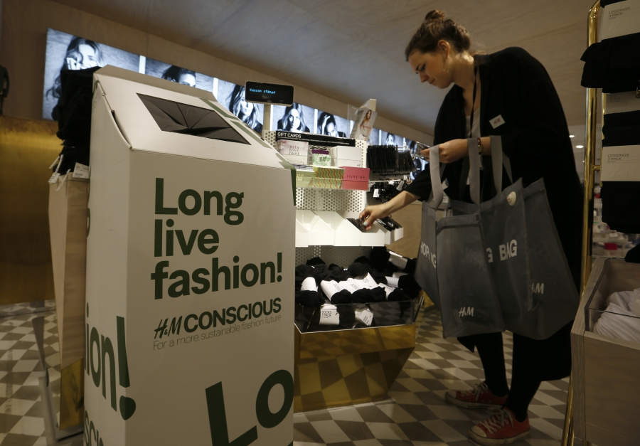 dress - Hm to in-store launch recycling program video
