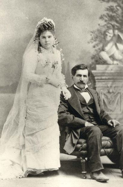 Hadji Ali and his bride in the late 1800s.