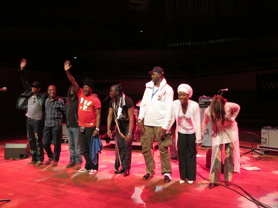 Papa Wemba with his band in Copenhagen, 2010.