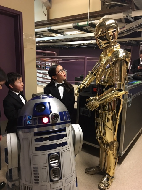 Estie Kung and her colleagues meet Star Wars characters backstage at the Oscars