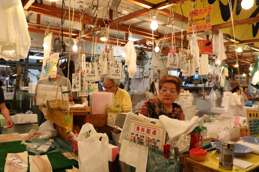 Tsukiji's shops are famous for commotion and clutter.