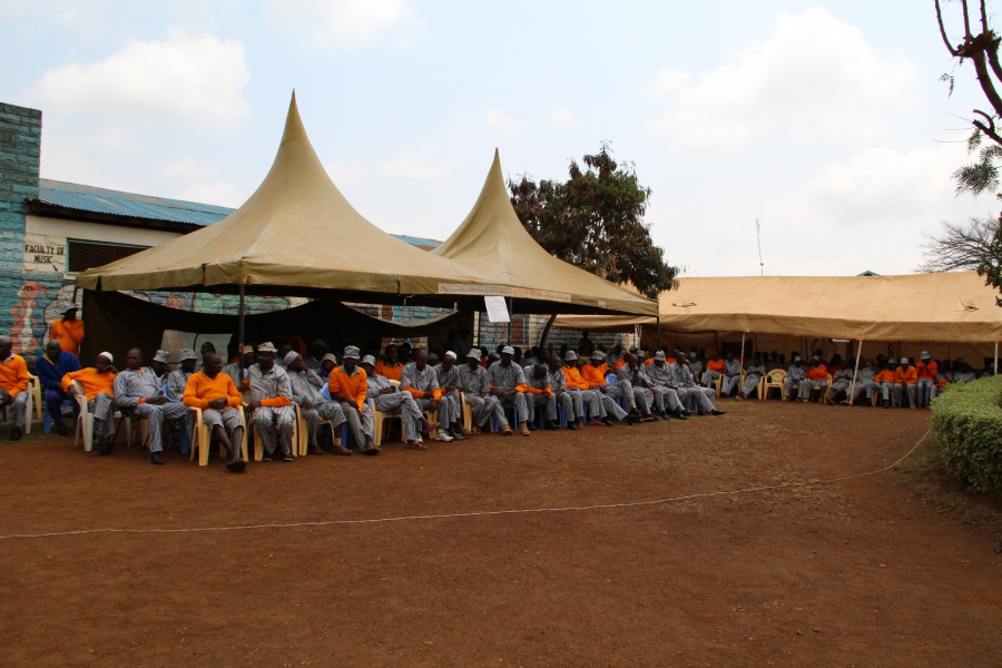 Inmates at Kamiti Maximum Prison in Kenya wait for their turn to vote.