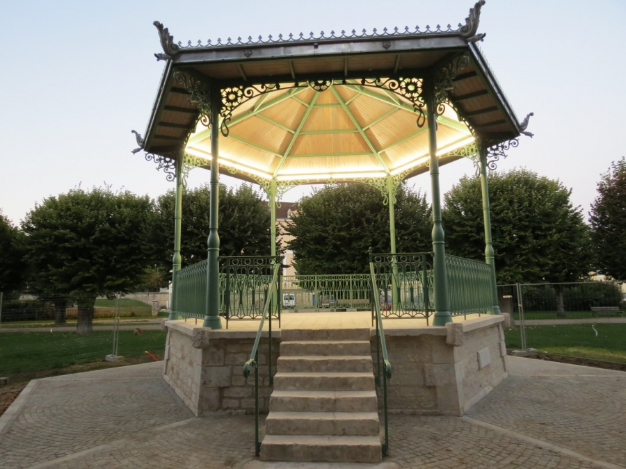 The restored bandstand in Tonnerre, France