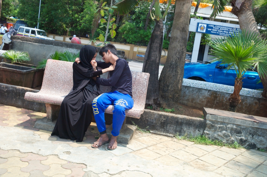 HIJAB COUPLE bench mumbai