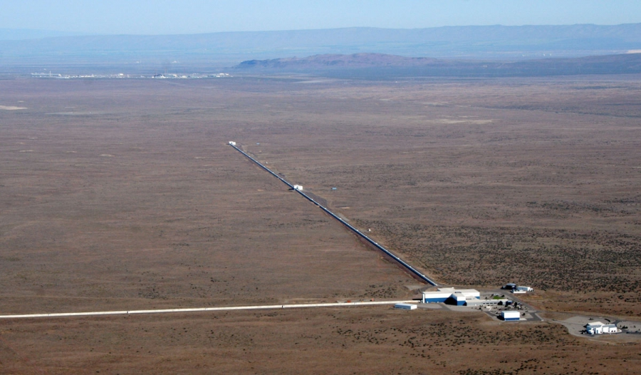 Listen to the Gravitational Waves From Merger of Black Holes