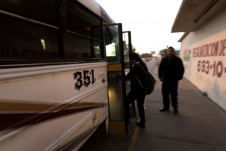 Artlet gets on bus