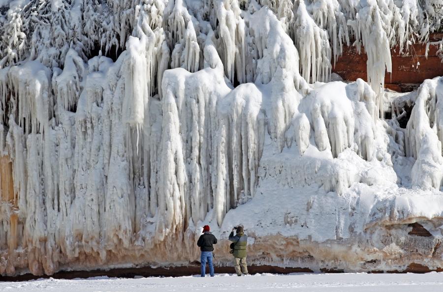 Apostles ice