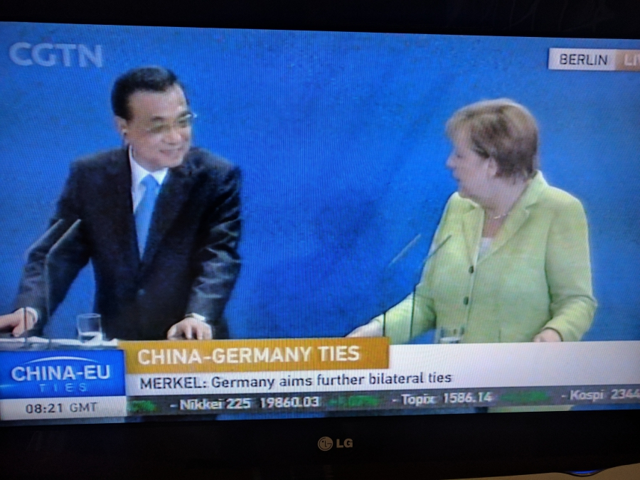 Chinese Premier Li Keqiang and German Chancellor Angela Merkel hold a news conference, 5-31-17.