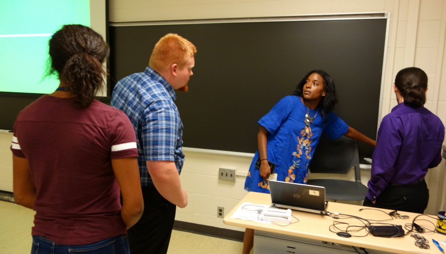 High school students at University of Michigan 'summer camp' in engineering