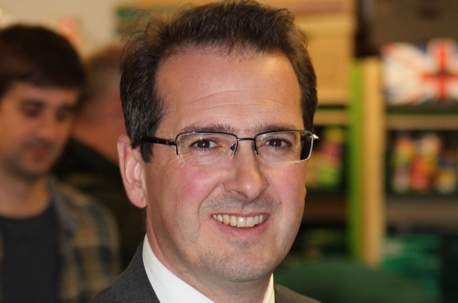 Owen Smith, of the British Labour Party, recently quit Jeremy Corbyn's shadow cabinet and has been reportedly working on a deal to challenge Corbyn for the party leadership.