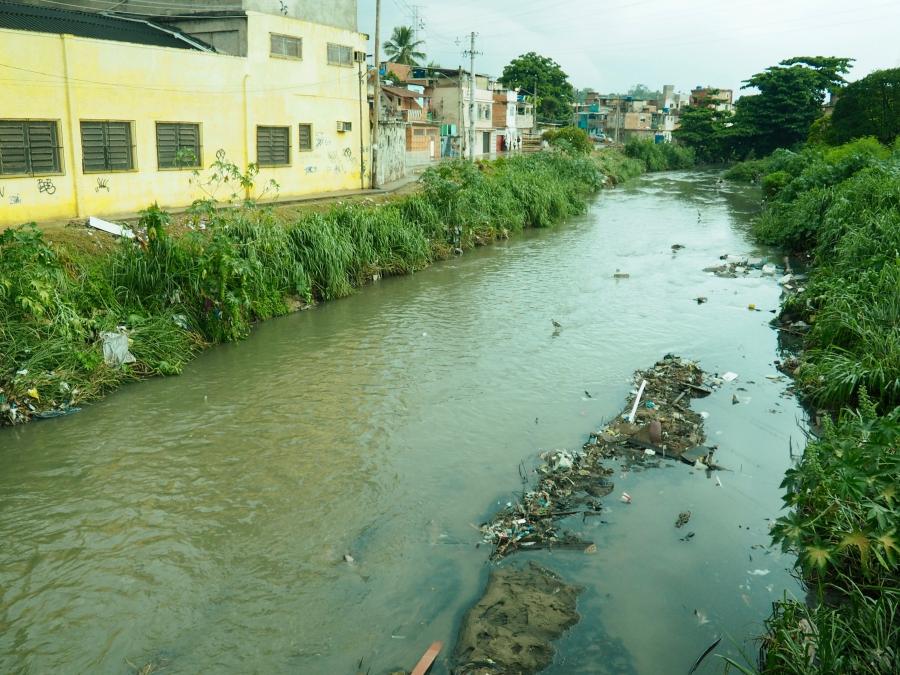 Favela stream