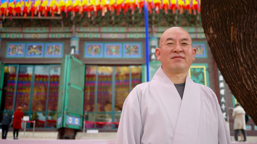 Seung-mook is the head of education programs at Jogyesa Temple in Seoul.