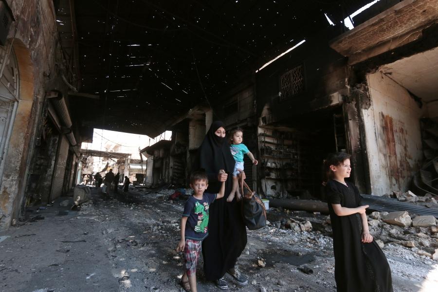Civilians in Manbij