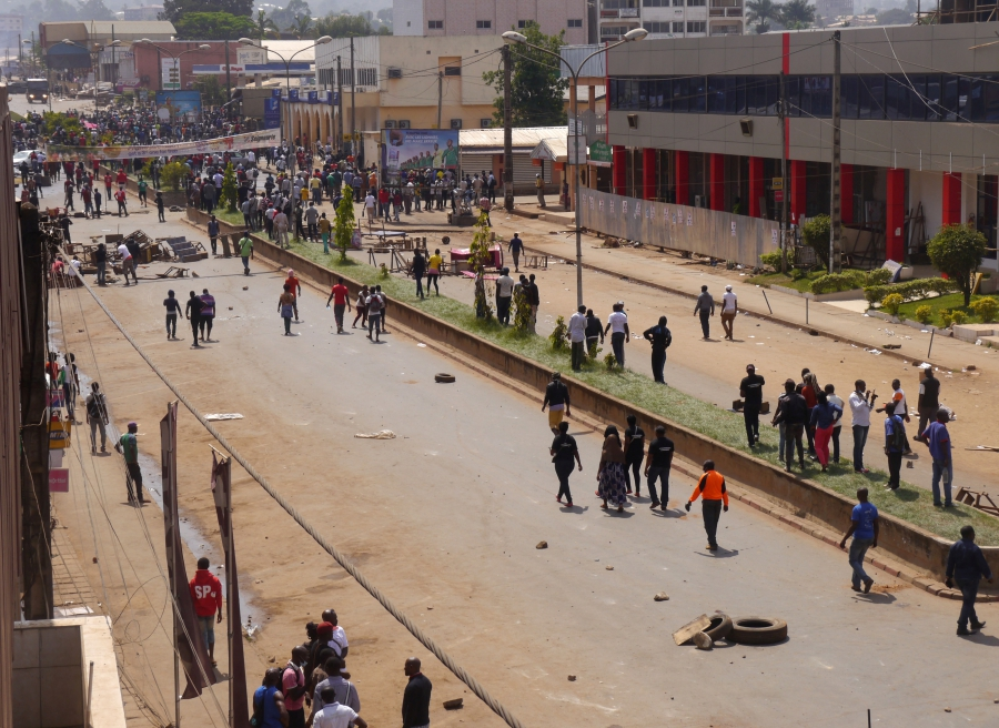 Anti-government demonstrators block a road in the Anglophone city of Bamenda, Cameroon, Dec. 8, 2016.