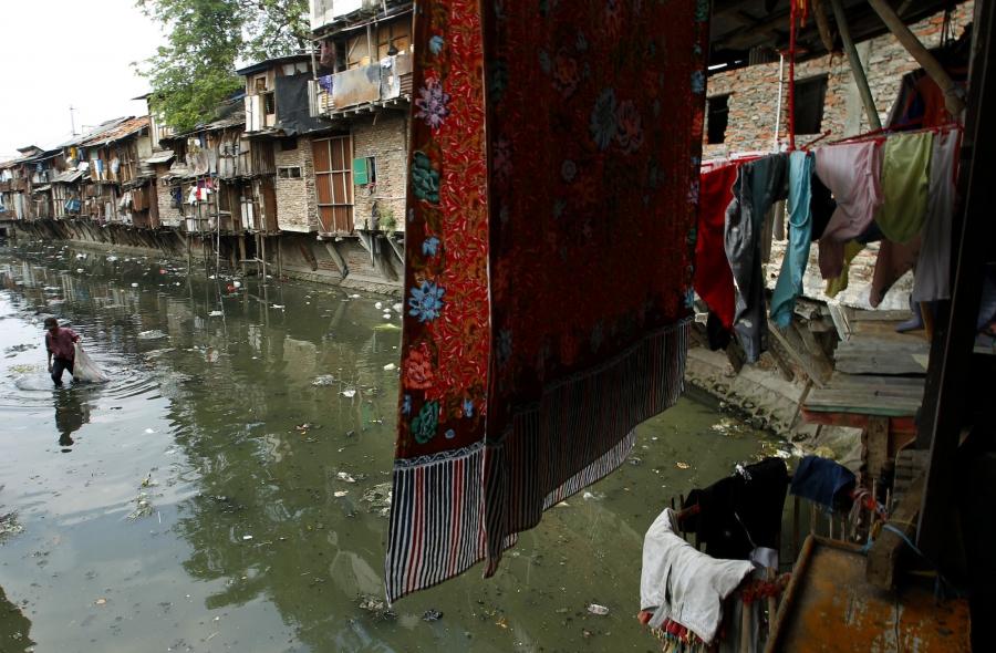 Jakarta trash canal