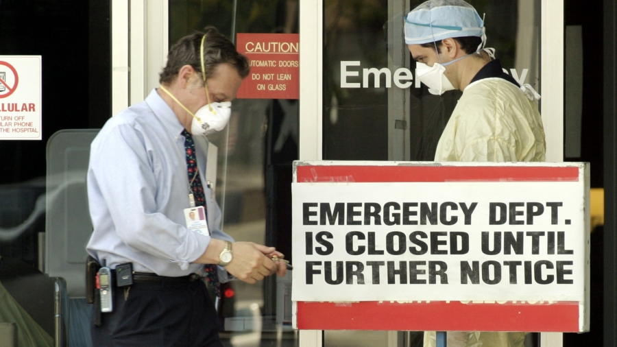 Back in 2003, a deadly outbreak of SARS forced some hospitals in Toronto to close emergency facilities.