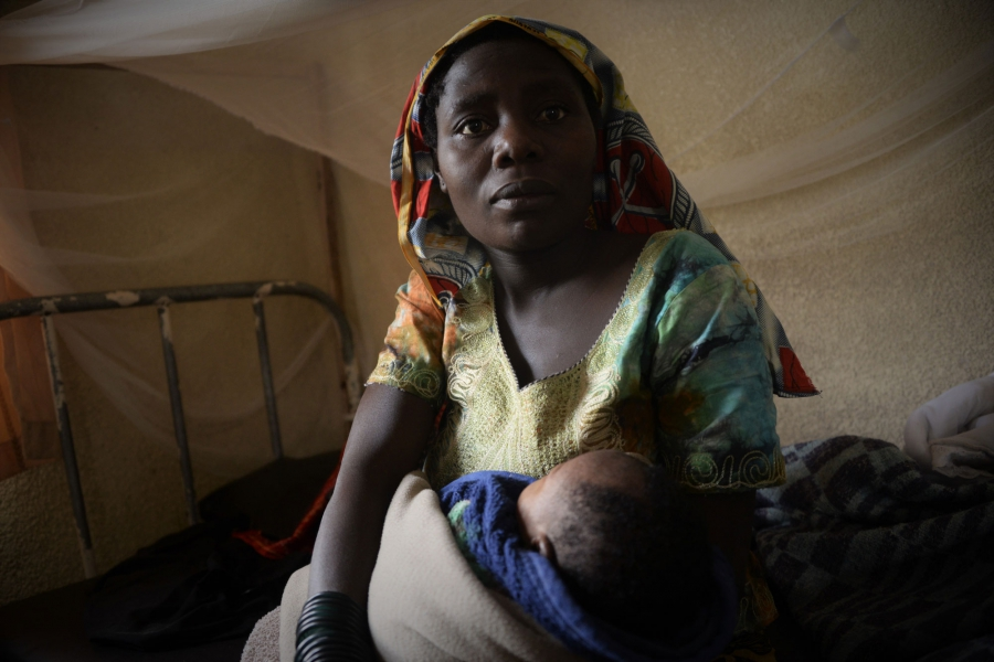 Sifa, here in the maternity clinic, where she just gave birth to her 6th child.