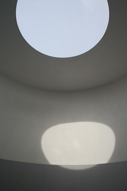 "James Turrell ""The Kielder Skyspace"" (2000)"