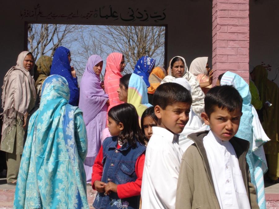 Women in Pakistan wait to vote