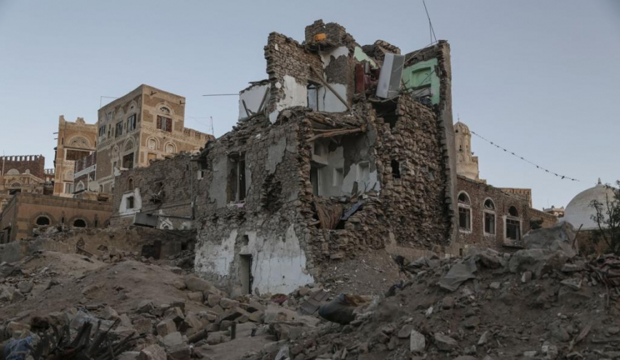 An airstrike destroyed the home of Hafzallah al-Ayani, a vegetable merchant, in the UNESCO world heritage site of the Old City of Sanaa. An estimated 130 houses surrounding the area were damaged. The entire al-Anyi family was killed as they sat down to di