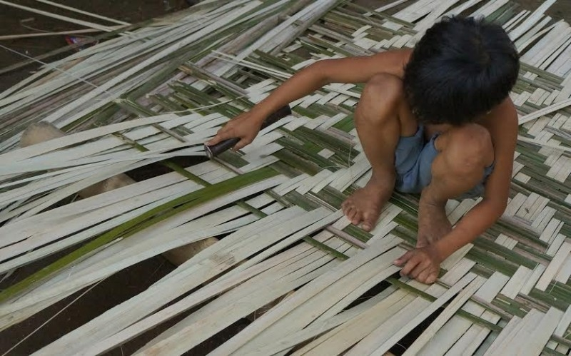 Child laborers in the Philippines
