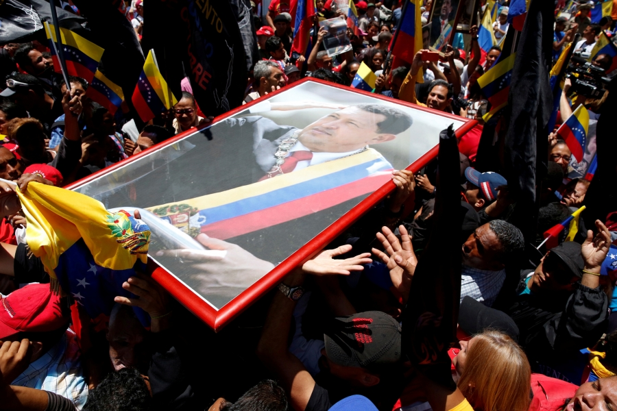 Supporters of Venezuela's President Nicolas Maduro demonstrate outside Palacio Federal Legislativo